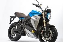 energica-eva-esseesse9-shocking-blue-credit-luciano-consolini-2