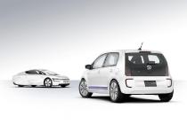 volkswagen_twin_up_hybrid_tokyo_2013_02