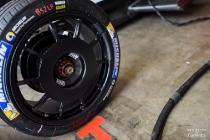 current-e-donington-park-2015-test-2-dan-bathie-formula-e-new-wheels-for-mahindra-racing