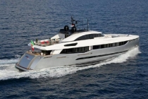 40s_hybrid_by_columbus_yachts