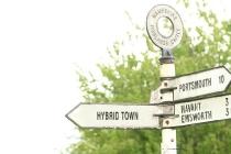 912128_hybridtownsignpost