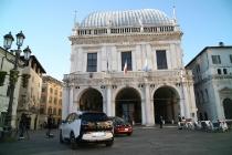 bmw_i3_piazza_vittoria_brescia_01