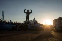 2016/2017 FIA Formula E Championship. Marrakesh ePrix, Circuit International Automobile Moulay El Hassan, Marrakesh, Morocco. Saturday 12 November 2016. Sebastien Buemi (SUI), Renault e.Dams, Spark-Renault, Renault Z.E 16, celebrates in parc ferme. Photo: Andrew Ferraro/LAT/Formula E ref: Digital Image _79P4872