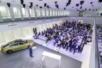 media-annual-session-brand-vw_db2017al00440