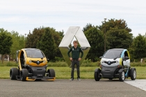 charles_pic_renault_twizy_01