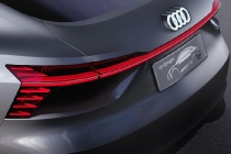 audi_e-tron_sportback_concept_electric_motor_news_07