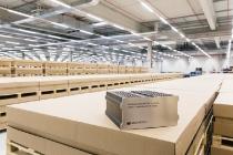 Daimler und enercity machen Ersatzteillager zum Energiespeicher/Daimler and enercity turning spare parts store into battery store
