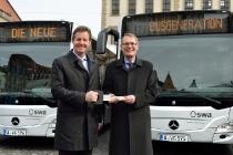 Zwölf Mercedes-Benz Erdgasbusse an Augsburger Stadtwerke