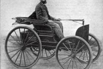 1894-duryea-runabout-with-charles-duryea