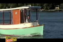 sienna_19_solar_boat