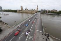 2-the-formula-e-cars-make-their-london-debut