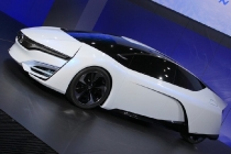 honda-fcev-concept-2013-los-angeles-auto-show_100447354_l