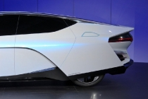 honda-fcev-concept-2013-los-angeles-auto-show_100447356_l