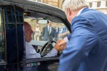 boris_johnson_taxi_metrocab_londra_01