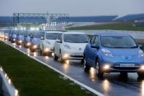 nissan_leaf_world_record_electric_car_convoy