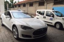 taxi_tesla_italia_modena_01
