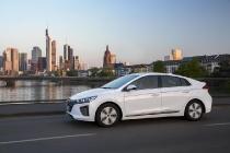hyundai_ioniq_hybrid_plug-in_electric_motor_news_09