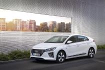 hyundai_ioniq_hybrid_plug-in_electric_motor_news_12
