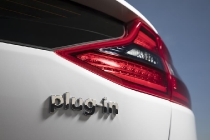 hyundai_ioniq_hybrid_plug-in_electric_motor_news_19