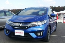 honda_fit_hybrid_japanese_model_detroit_2014