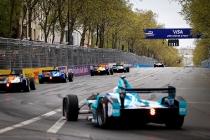 Race.  Paris e-Prix,  Paris, France, Europe. Saturday 23 April 2016 Photo: Adam Warner /LAT/FE ref: Digital Image _A8C1250