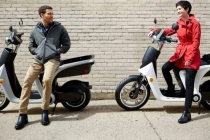 mahindra-genze-electric-scooter_01