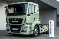 MAN presents a study for an electrical semitrailer tractor at the IAA 2016. DE: MAN zeigt eine Elektro-Studie einer Sattelzugmaschine auf der IAA 2016. UK: MAN presents a study for an electrical semitrailer tractor at the IAA 2016.