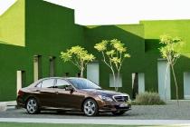 E-Klasse, E 300 BlueTec HYBRID, Limousine Elegance, (W 212), 2012, Lack: Dolomitbraun metallic, Ausstattung: Leder Exclusiv Seidenbeige/Espresso
