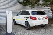 B-Klasse Electric Drive (W 242) 2014, zirrusweiß  B-Class Electric Drive (W 242) 2014,, cirrus white