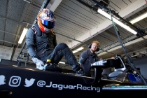 FIA Formula E Season 3 Testing - Day Two. Donington Park Racecourse, Derby, United Kingdom. Photo: Alastair Staley / LAT / FE. ref: Digital Image 580A8367