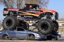 odyssey_battery_bigfoot_no_20_monster_truck