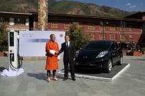 tshering_tobgay_primo_ministro_bhutan_carlos_ghosn_02
