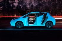nissan_leaf_fluorescente_autostrada_luminiscente_04