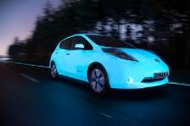 nissan_leaf_fluorescente_autostrada_luminiscente_05
