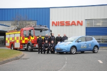 nissan_leaf_county_durham_darlington_fire_rescue_service_01