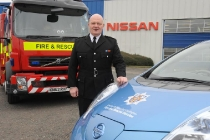 nissan_leaf_county_durham_darlington_fire_rescue_service_02