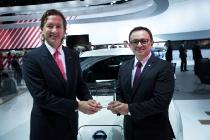 """Nissan LEAF elegido """"Auto Eléctrico del Año 2016"""" por FIPA"""