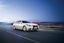 lexus-nuova-ls-hybrid-ls-f-sport-ext-03