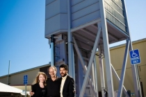 1-global-thermostat-founders-beside-their-leading-carbon-capture-technology