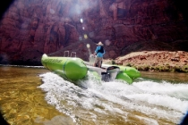 helios_electric_raft_colorado_river_discovery_01