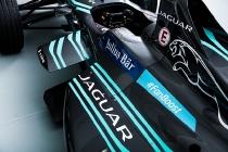 panasonic-jaguar-racing-i-type-cockpit