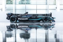 panasonic-jaguar-racing-i-type-side
