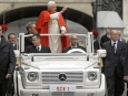mercedes-benz-delivers-a-new-popemobile_