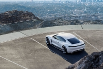 porsche_mission_e_concept_car_06