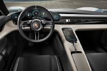 porsche_mission_e_concept_car_10