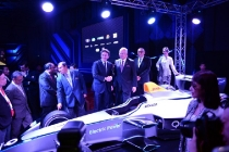 1-alejandro-agag-ceo-of-formula-e-and-the-prime-minister-of-malaysia-during-the-official-launch-of-the-putrajaya-formula-e-race
