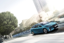 toyota_prius-plug-in-hybrid-electric_motor_news_03