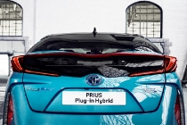toyota_prius-plug-in-hybrid-electric_motor_news_07