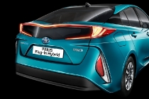 toyota_prius-plug-in-hybrid-electric_motor_news_08