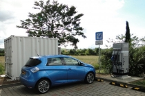 renault-connected-energy-charging-station-powered-by-second-life-batteries